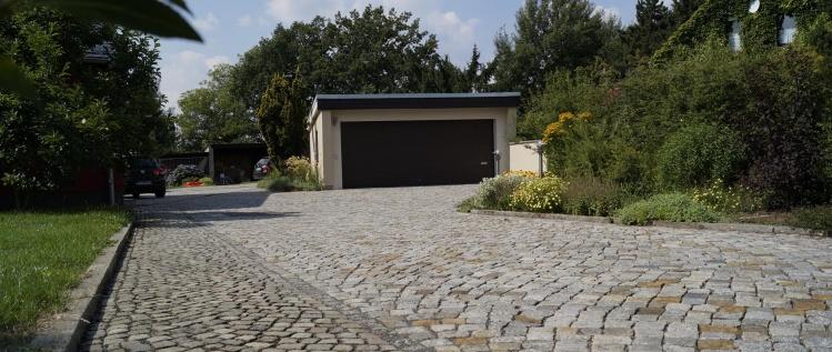 Pflaster- & Wegebau